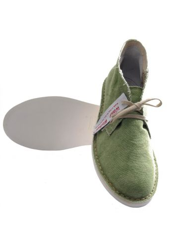 Wally Walker Chukka shoe green